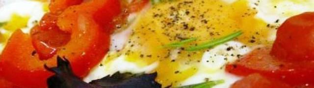 Пиперада - овощное блюдо с яйцами