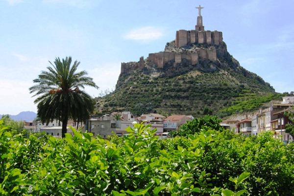 Лимонный сад и замок Монтеагудо в Мурсии
