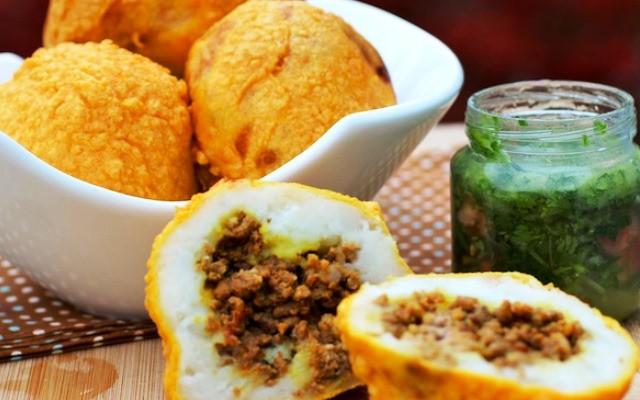 Папас рейенас (papas rellenas) – фаршированный картофель