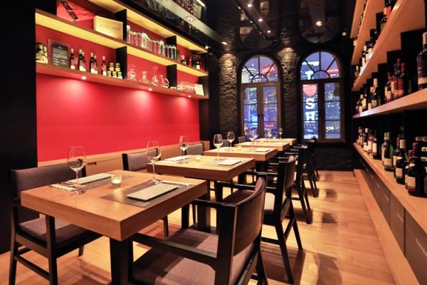 Рестораны Барселоны. La Vinoteca Torres