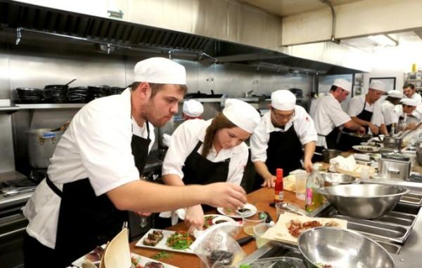 Кулинарное реалити-шоу «Новички на кухне»