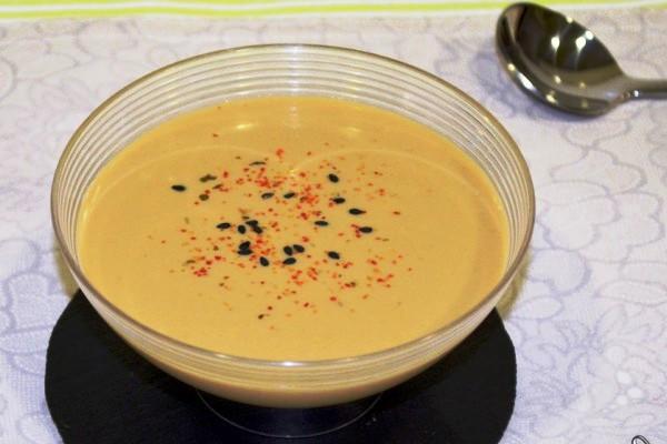 Соус из йогурта, имбиря и сои (Salsa de yogur, jengibre y soja)
