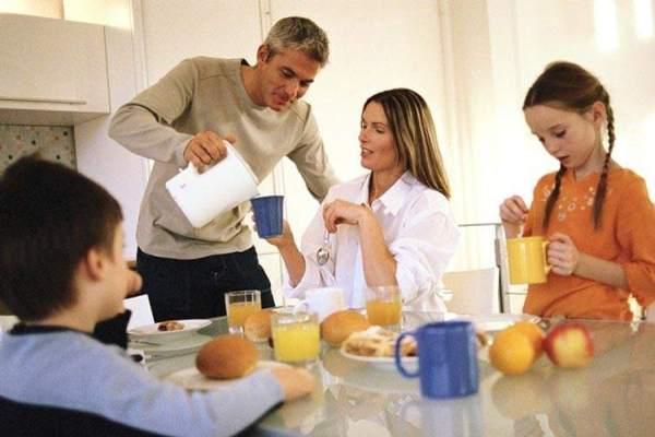 Детское питание: отсутствие завтрака приводит к ожирению