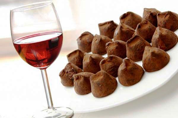"""Вино и шоколад """"V&C"""""""