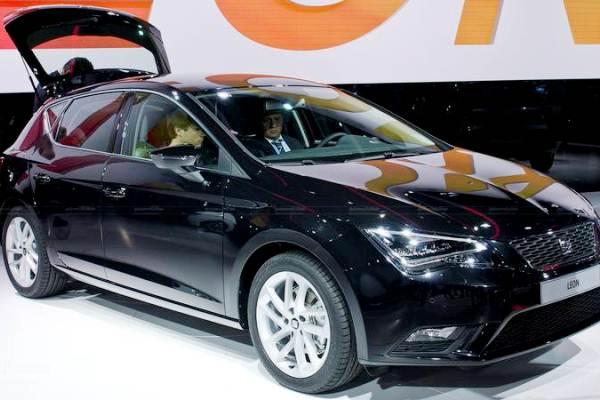 Покупатели машин в Испании предпочитают черный цвет