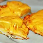 Свиные отбивные с ананасом и сыром