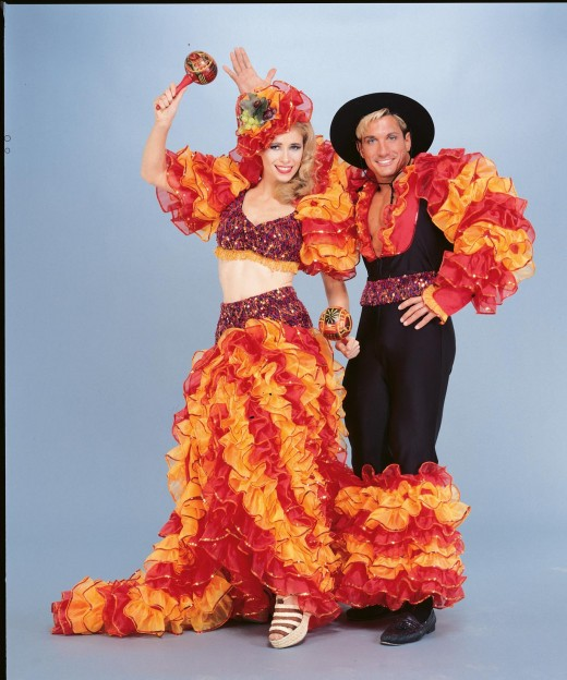 Такие кричащие костюмы для карнавалов